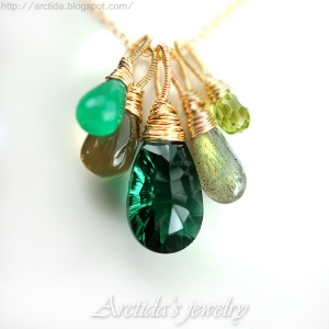 Green necklace emerald green gemstones 14K gold filled - Fiona