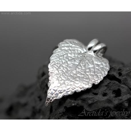 Natural Coleus leaf textured fine silver pendant