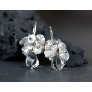 Bridal earrings Crystal Quartz Keshi pearl earrings - Bianca